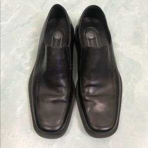 Rockport black leather dress shoes no laces